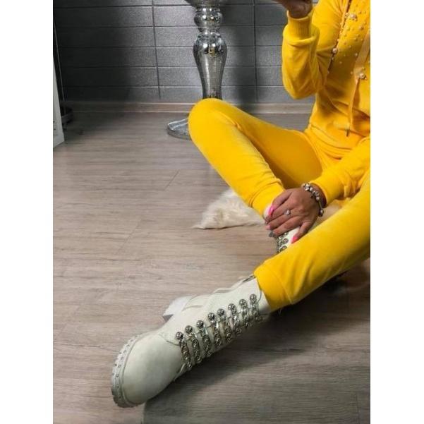 Krásné beige botičky