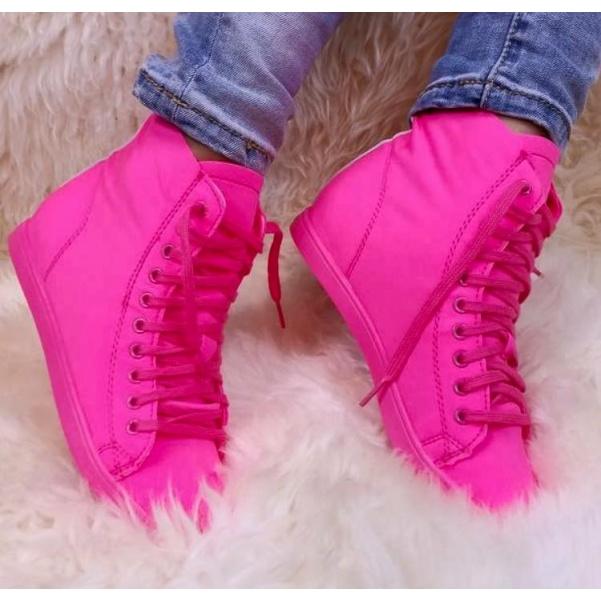 Růžové neon kotníkové tenisky