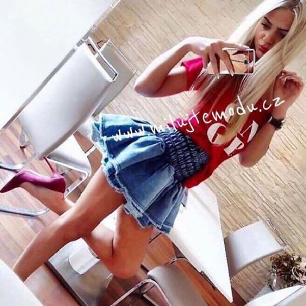 Krásná jeansová volánková suknička