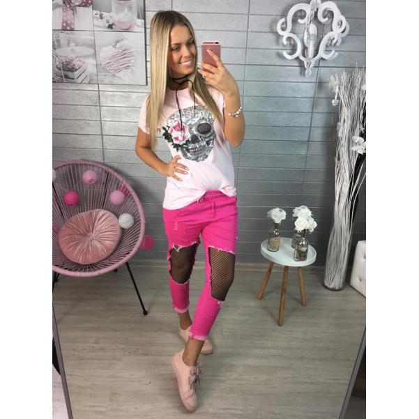 Růžové triko s lebkou