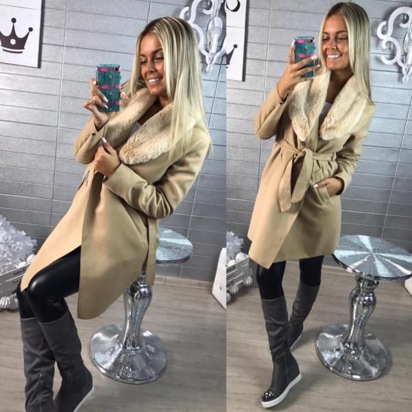 Béžový flaušový kabátek - sv.kožíšek