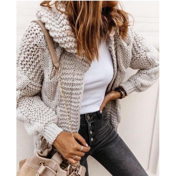 Mohutný luxusní béžový  svetr- Vivien