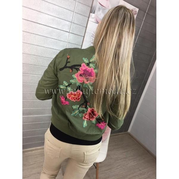 Jarní khaki bundička s nášivkami