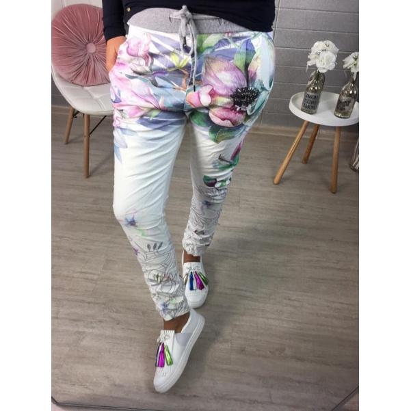 Květované kalhoty