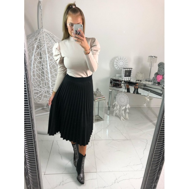 Černá plisovaná sukně semiš
