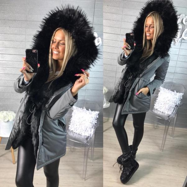Luxusaní PARKA s mega černým kožíškem