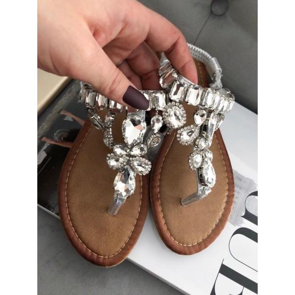 Luxusní kamínkové sandálky