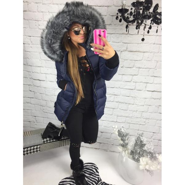 Modrá bunda s bohatým kožichem