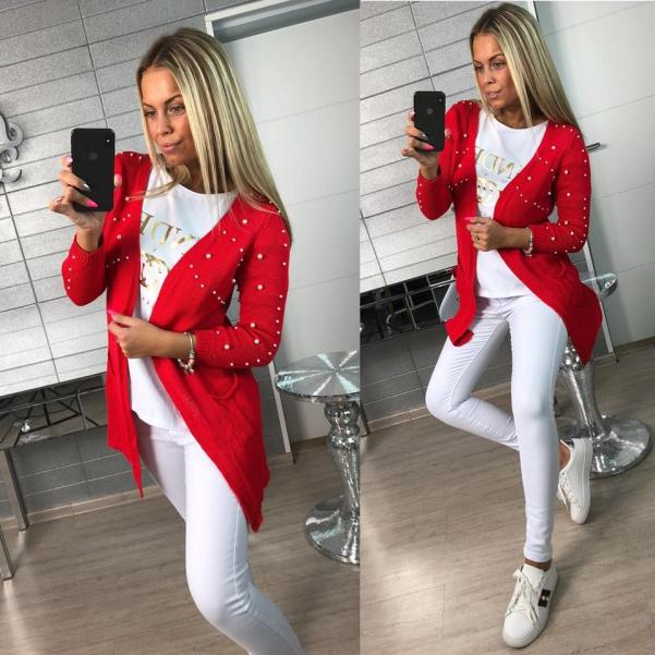 Krásný svetřík s perličkami červený