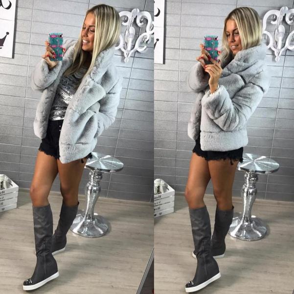 Luxusní šedý kabátek