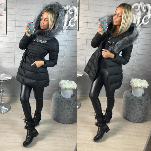 Černá luxusní bundička s ozdůbkami