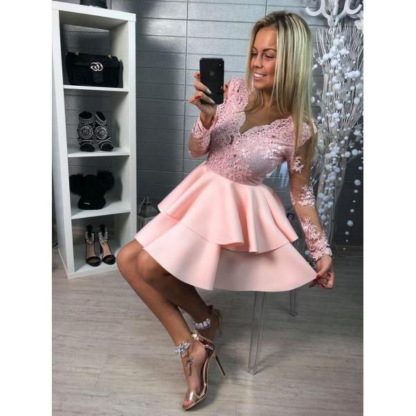 Luxusní  plesové šatičky s krajkou a bohatou sukničkou