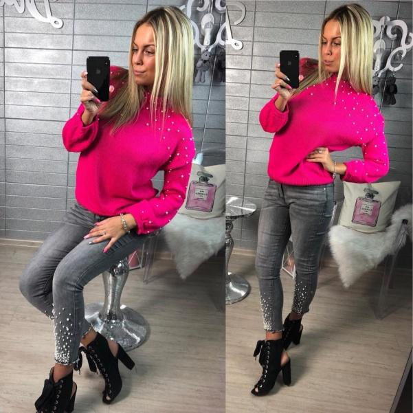 Růžový svetřík s perličkami