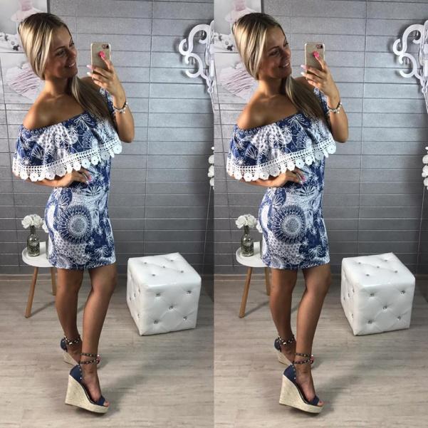Lehounké elastiké šaty s volánkem- bledší odstínek