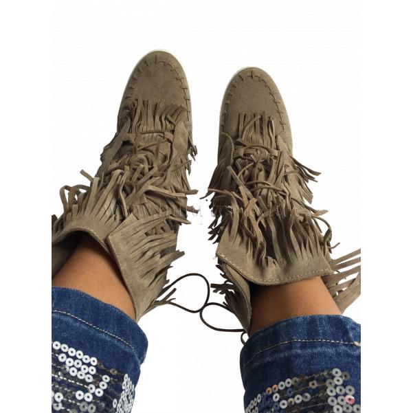 Luxusní béžové boty se střapcema