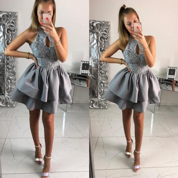 Luxusní šedé šaty