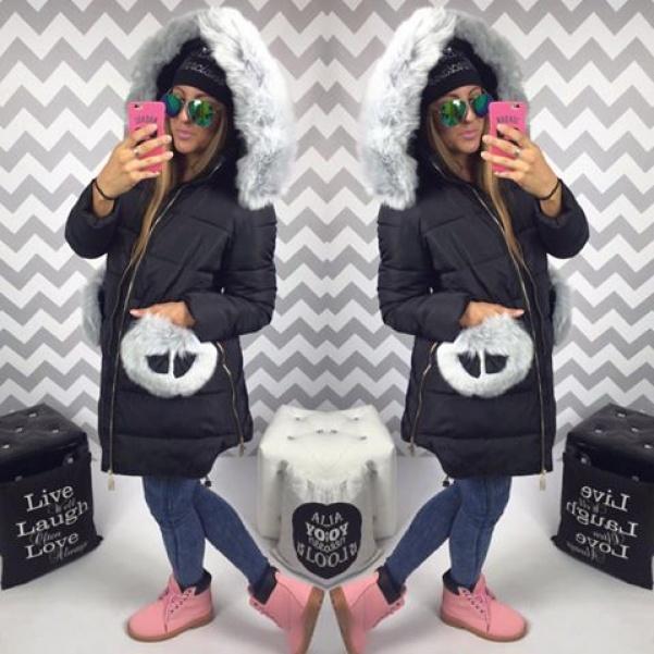 Černá bunda s chlupatými kapsami