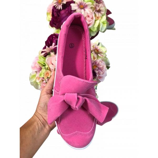 Růžové botičky s mašlí