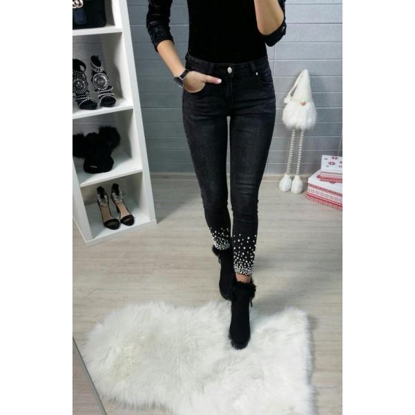 Black džíny pearls
