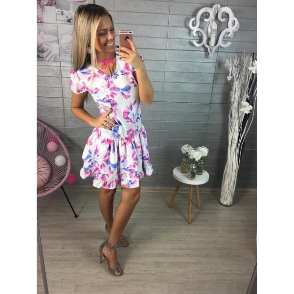 Krásné fialové šaty s květy