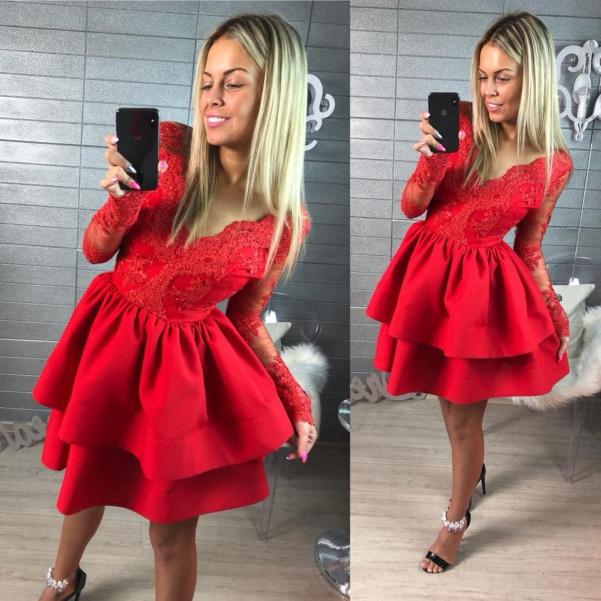 Červené šatičky s krajkou - Diamond red
