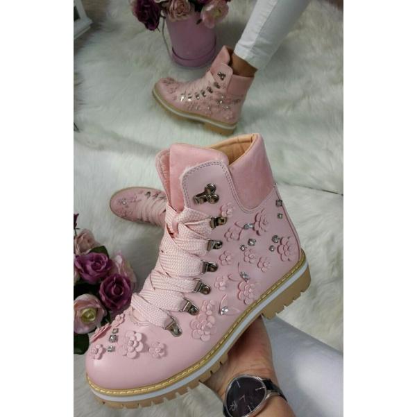 Nádherné květinkové botičky na zimu