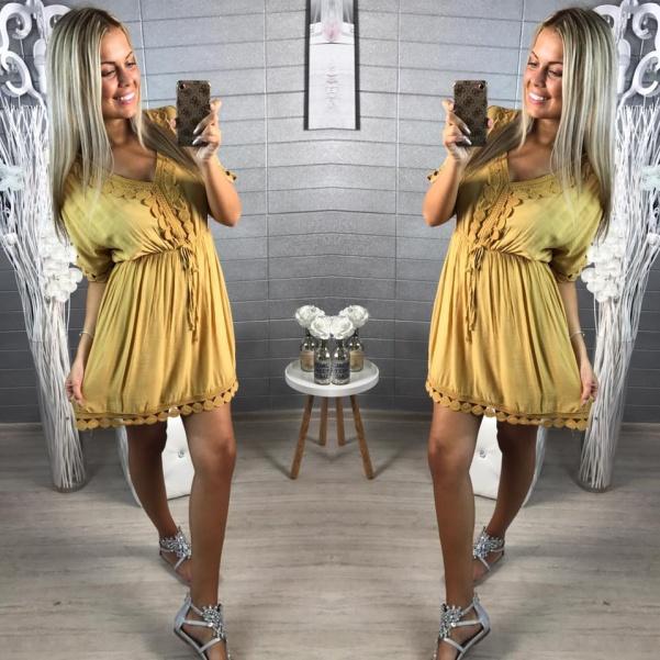 Šaty s krajkou -hořčičová barvička