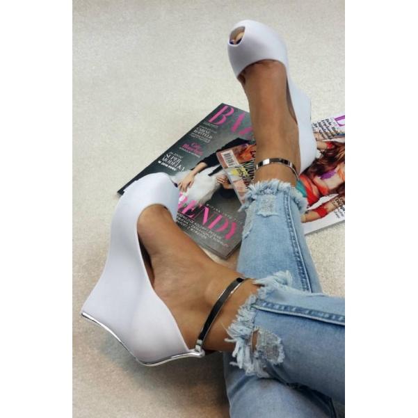 Bíle gumové boty na platformě