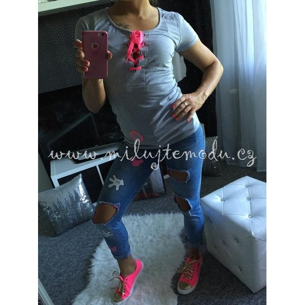 Tričko s růžovým vázáním