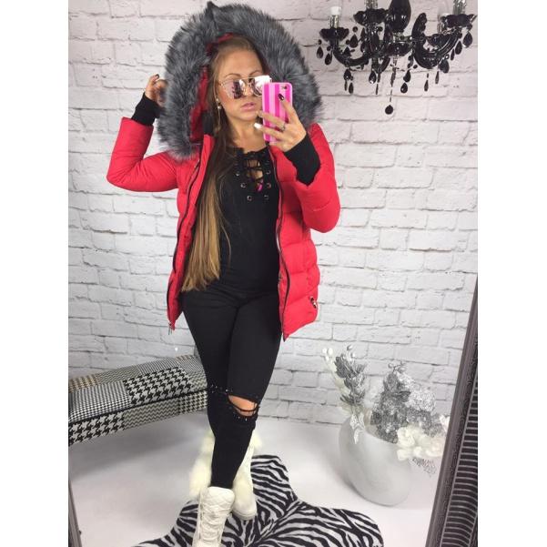 Luxusní červená slim bunda s mega kožichem