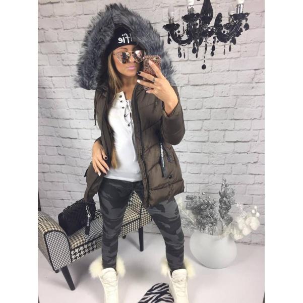 Khaki bunda s bohatým kožichem