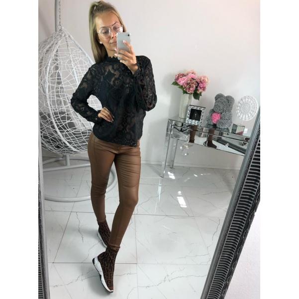 Krásná krajková halenka -black