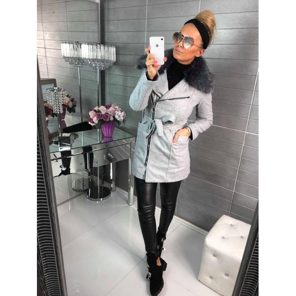 Luxusní zimní kabátek s kožešinkami