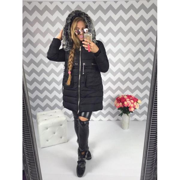 Krásna černá bunda s bohatým kožichem