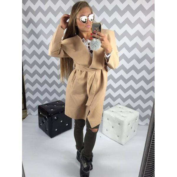 Flaušový kabátek