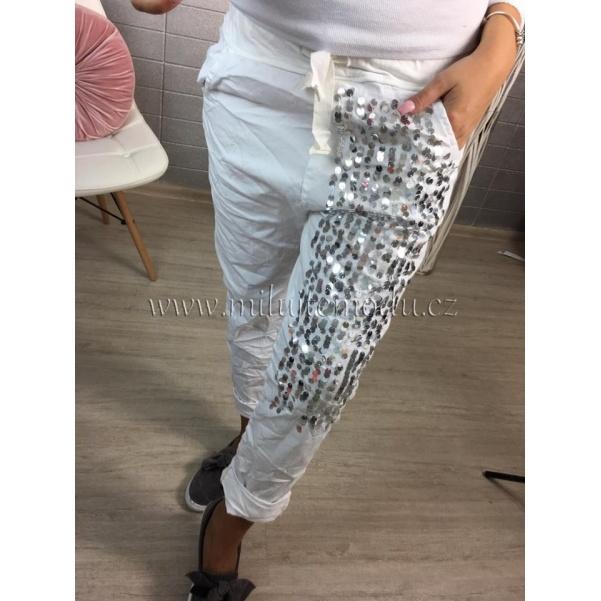 Bílé kalhoty s flitry