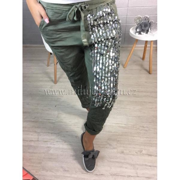 Khaki kalhoty s flitry