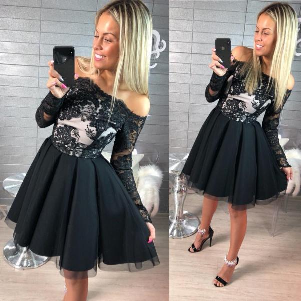 Krajkové šaty - BLACK