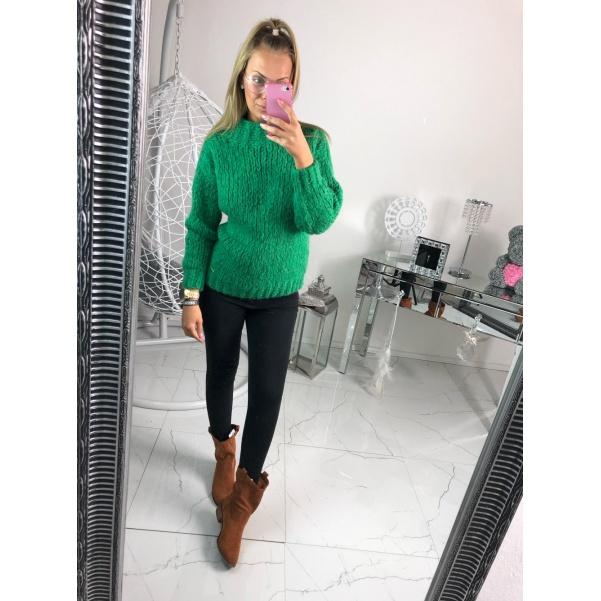Měkoučký zelený svetřík