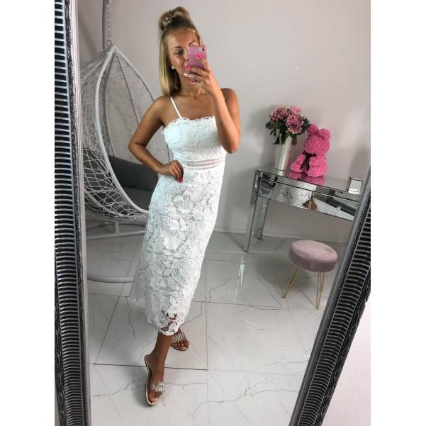 Krásné long šaty s krajkou bílé