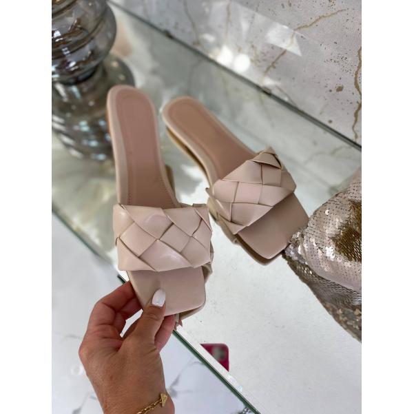 Super oblíbené pantofle