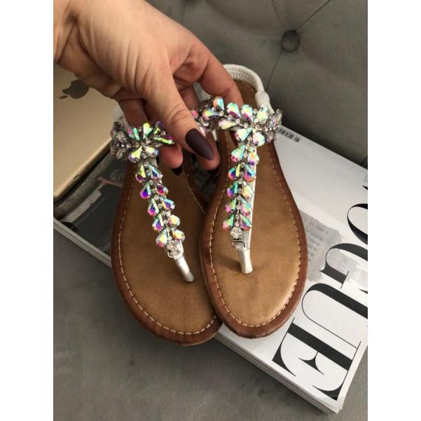 Sandálky s měnícimi kamínky