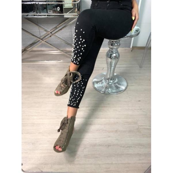 Černé pearls džíny
