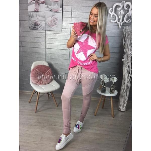 Tmavě růžové tričko s hvězdou