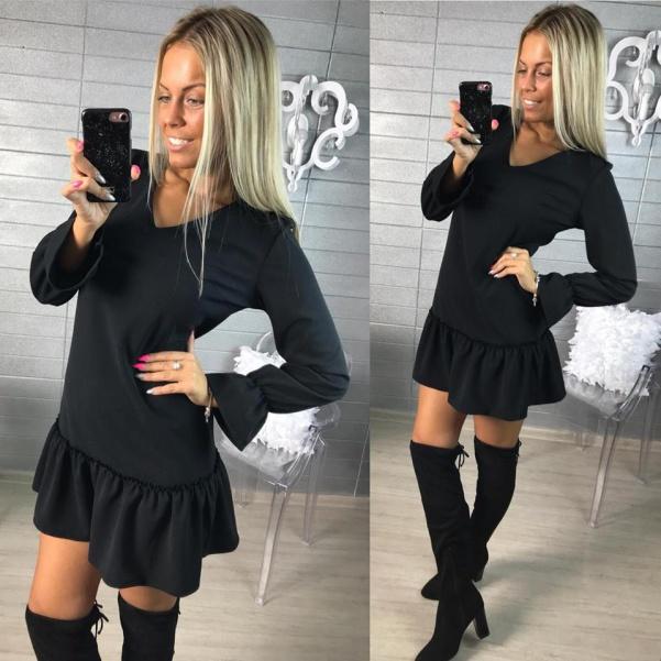 Černé šatičky s volánkem na rukávu a sukničce