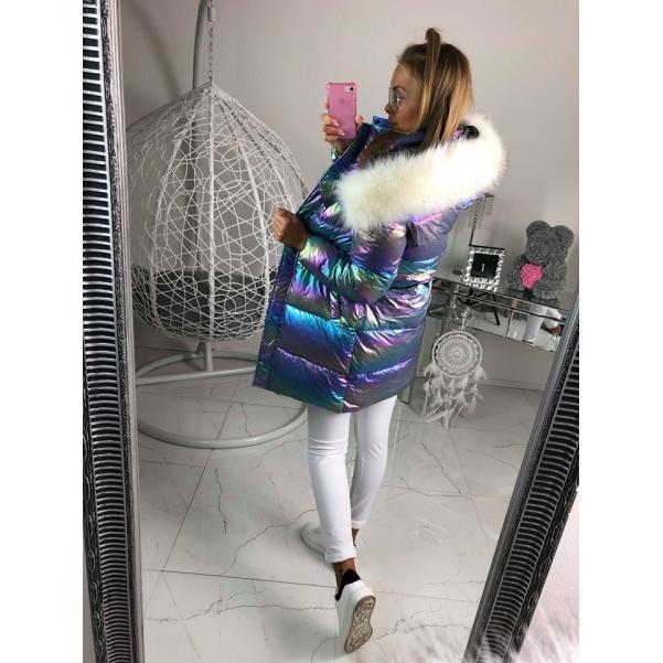 Metalická zimní bunda s bohatým kožichem