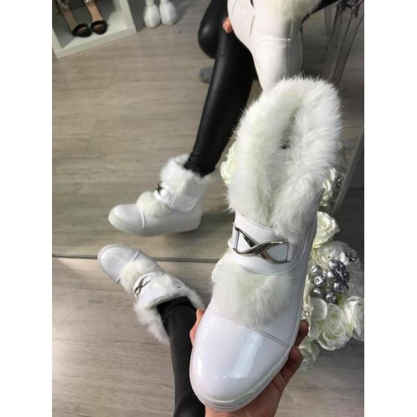Vyteplené botičky White