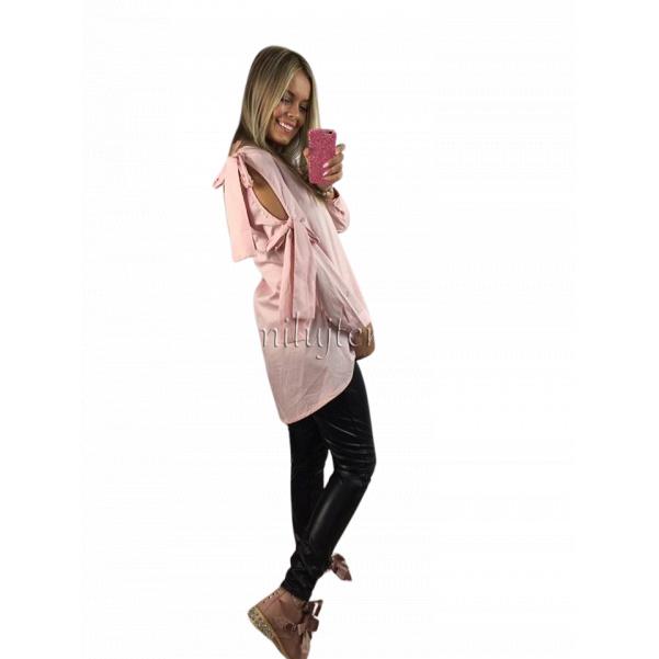 Růžová košile s mašlí