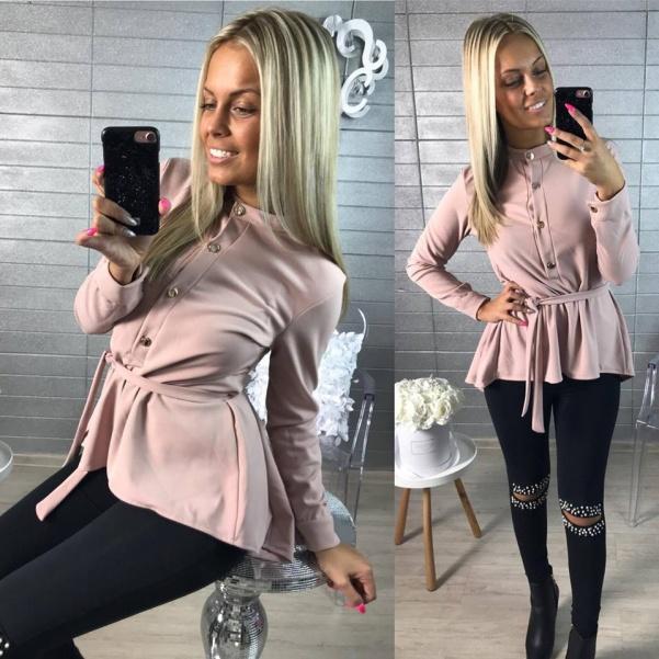 Růžová košile s páskem