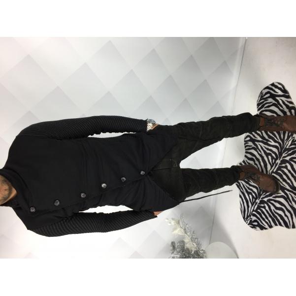 Extravagantní černý mikino kabátek